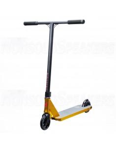 District Titan Pro Scooter...