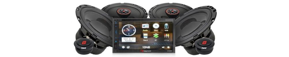 autoradio with speakers